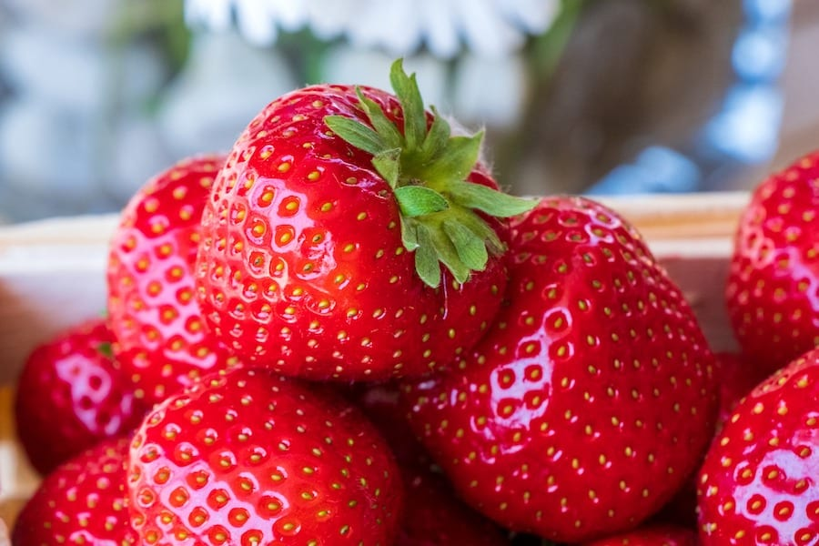 7 Amazing health benefits of strawberries