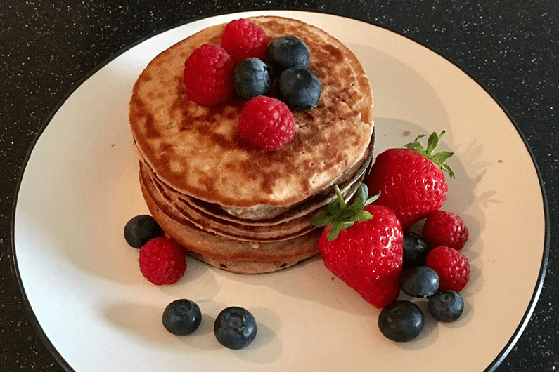 Banana Protein Smoothie Pancakes recipe