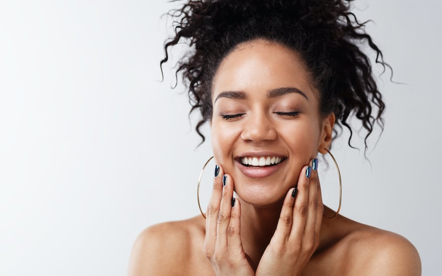 Our top tips to soothe sensitive and stressed skin